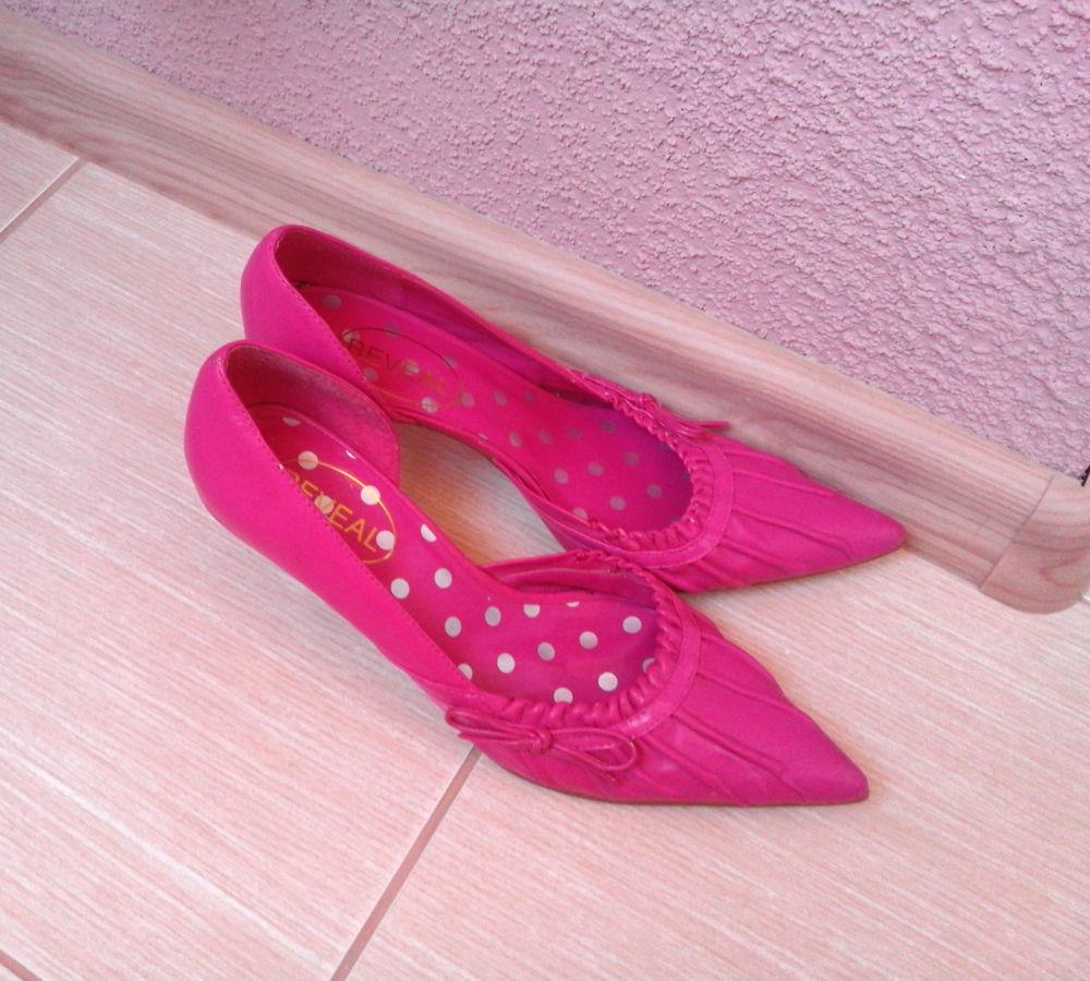 Фото 2 - Розовые туфли на шпильке