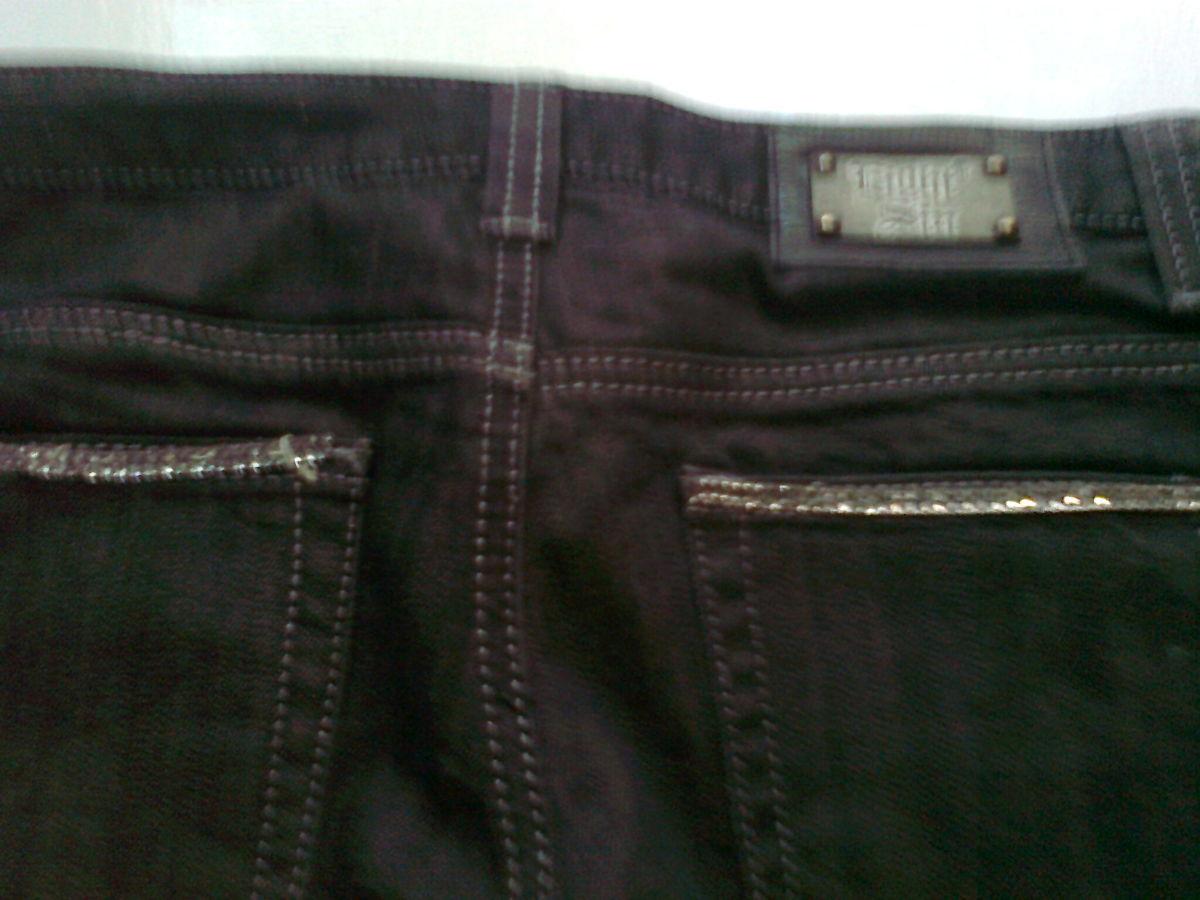 Фото 4 - Джинсовые черные Капри с карманами. на манжетах США.