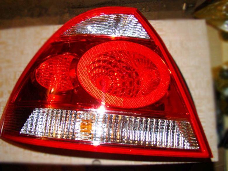 Задний фонарь Nissan Almera Classic Альмера Классик с 06