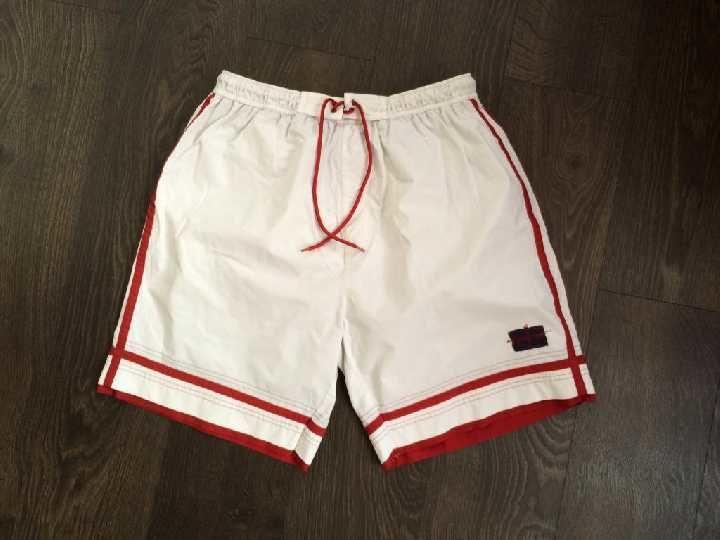 Фото - белые шорты NEXT381 р.L
