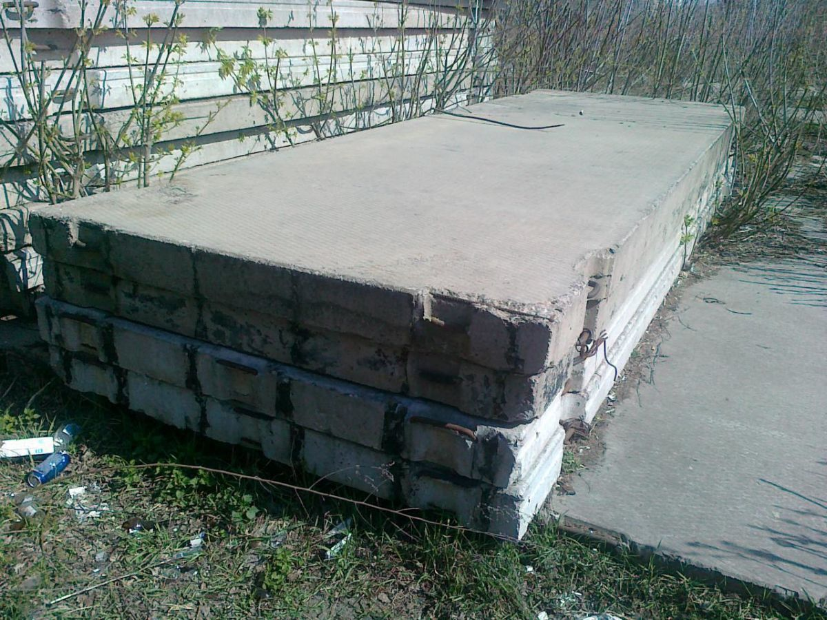 Фото 9 - Плиты заборные жби б/у купим Киев самовывоз.