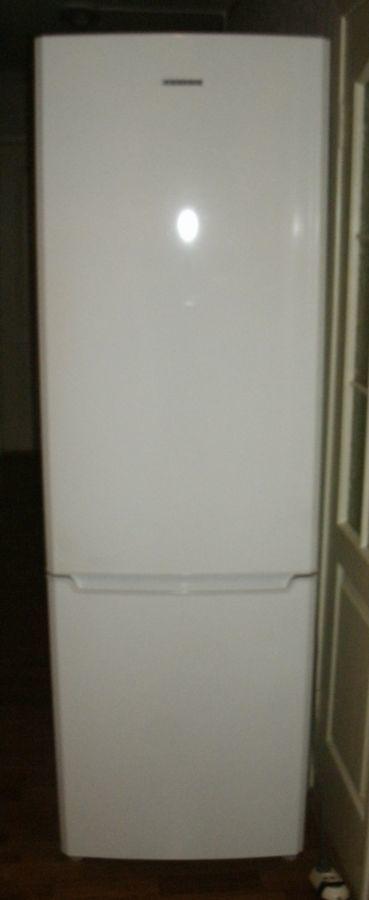 Фото - Холодильник б/у Samsung RL41SBSW, No Frost, 231 л + 94 л