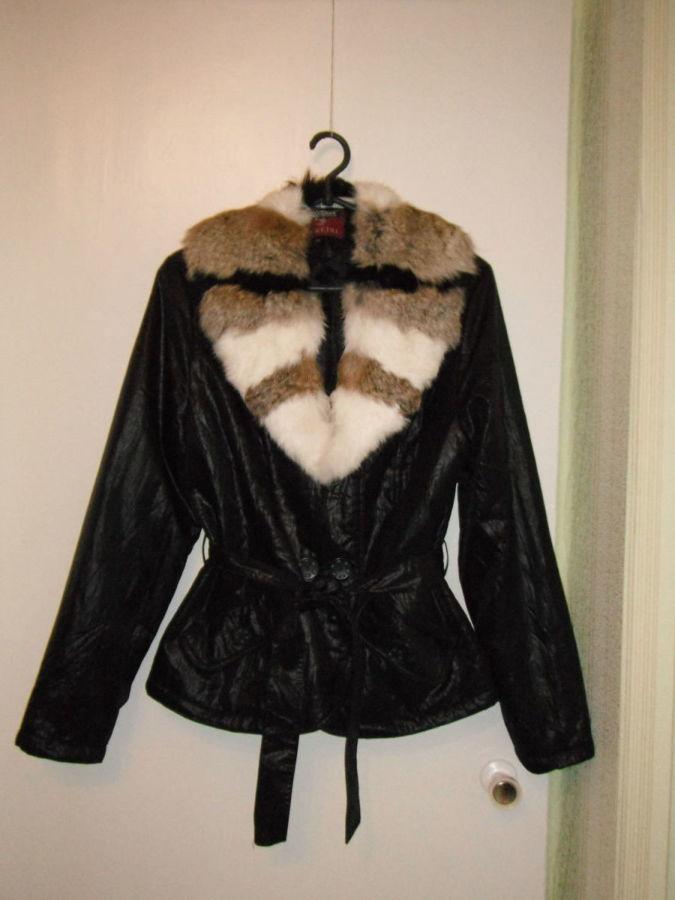 Фото 3 - куртка весна-осень с меховым воротником