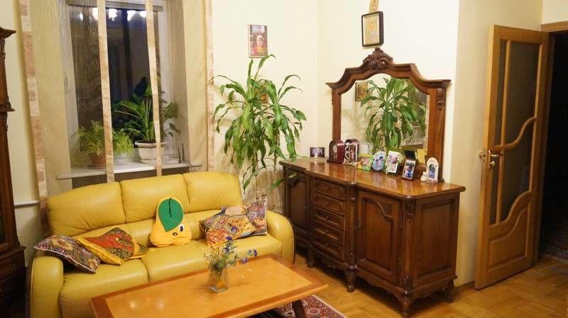 Фото 2 - Продам дом в центре Ирпеня с 10 сотками ландшафта