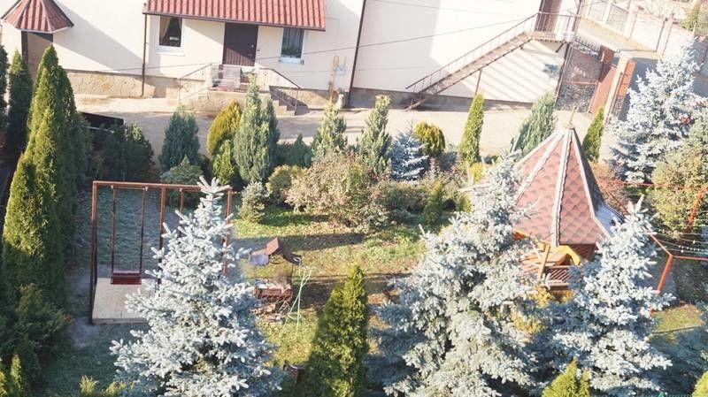 Фото 10 - Продам дом в центре Ирпеня с 10 сотками ландшафта