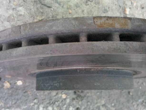 Фото 4 - Тормозные диски Ford B-Macs б/у
