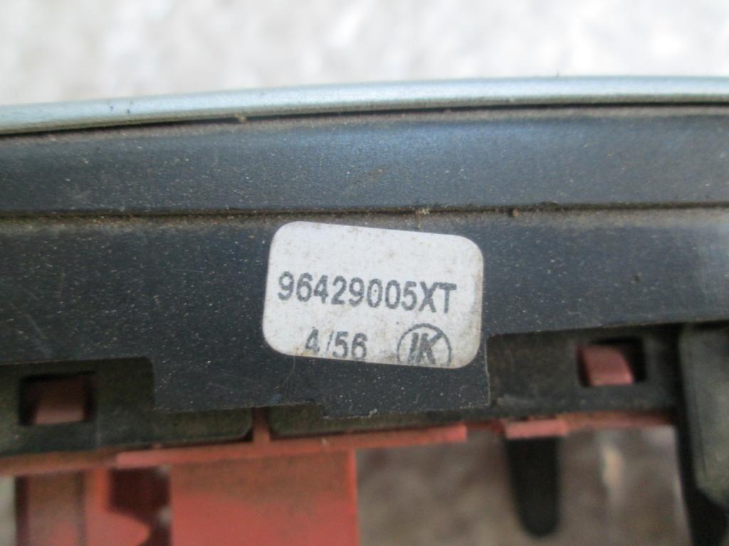 Фото 3 - Датчик температуры салона CITROEN C2 96429005XT