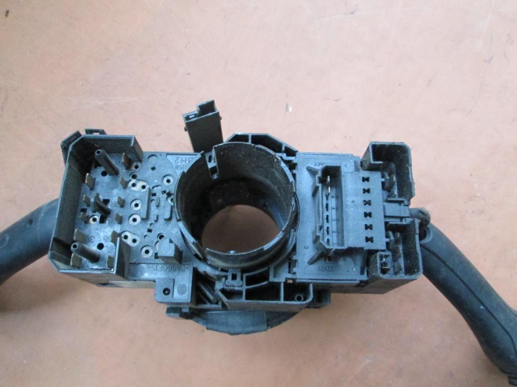 Фото 2 - Подрулевой переключатель VW Passat B5 Golf 4 IV A6