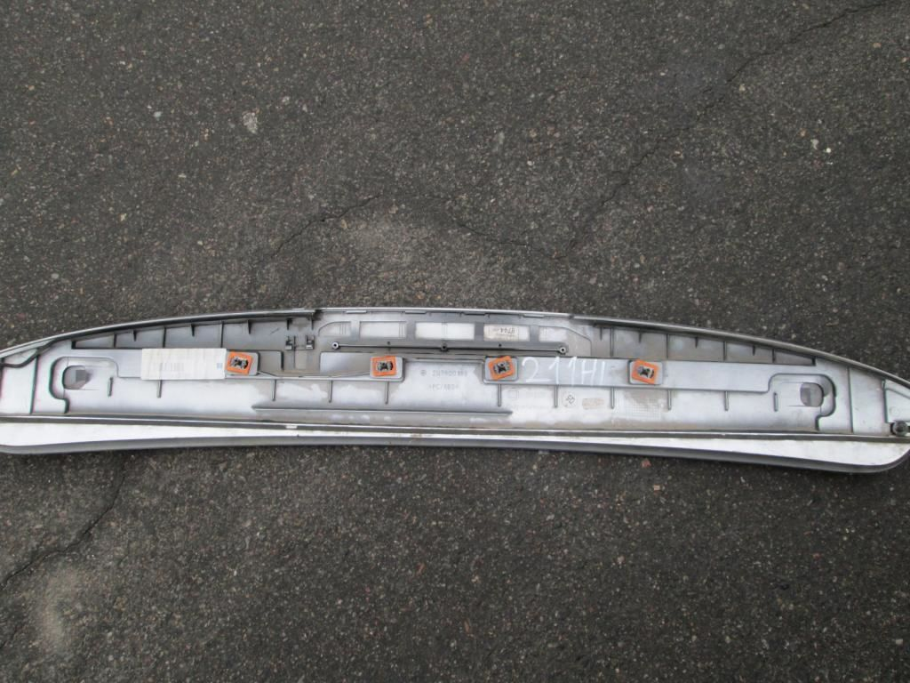 Фото 2 - Спойлер крышки багажника Mercedes W211 2117900188