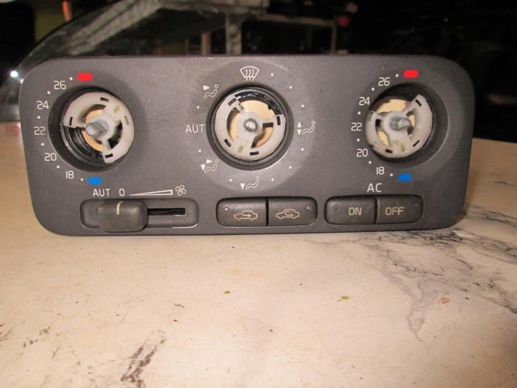 Фото 2 - Панель блок управления печкой Volvo S70 V70 97-00