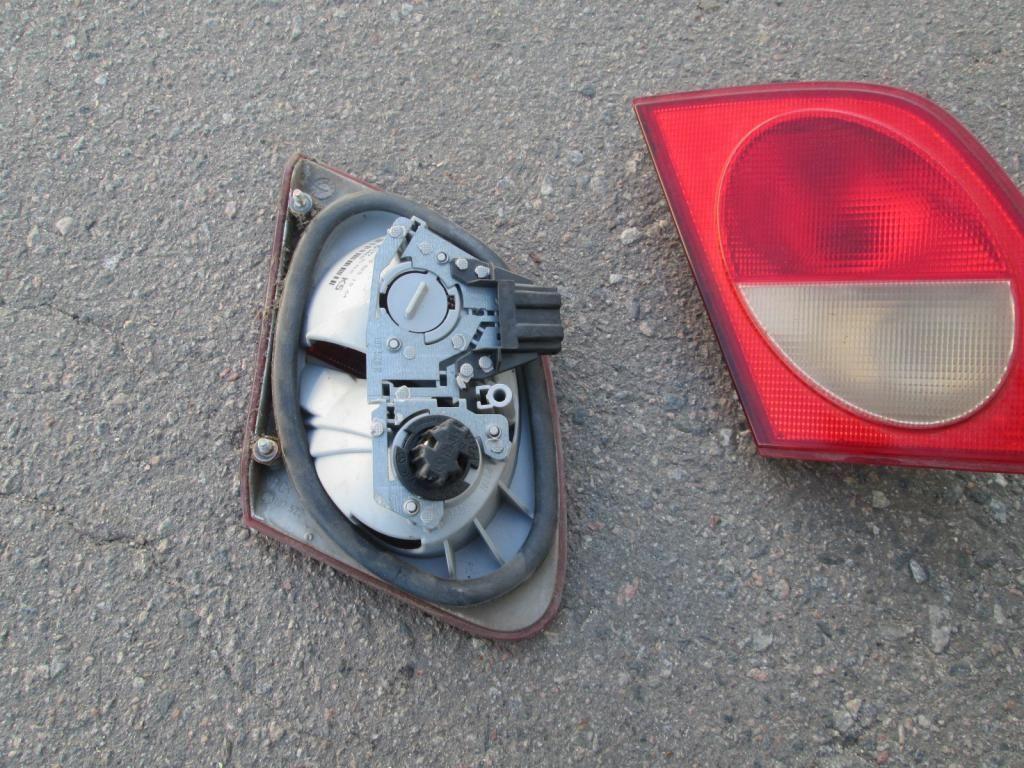 Фото 2 - Фонарь внутренний багажника Mercedes W210 95-99