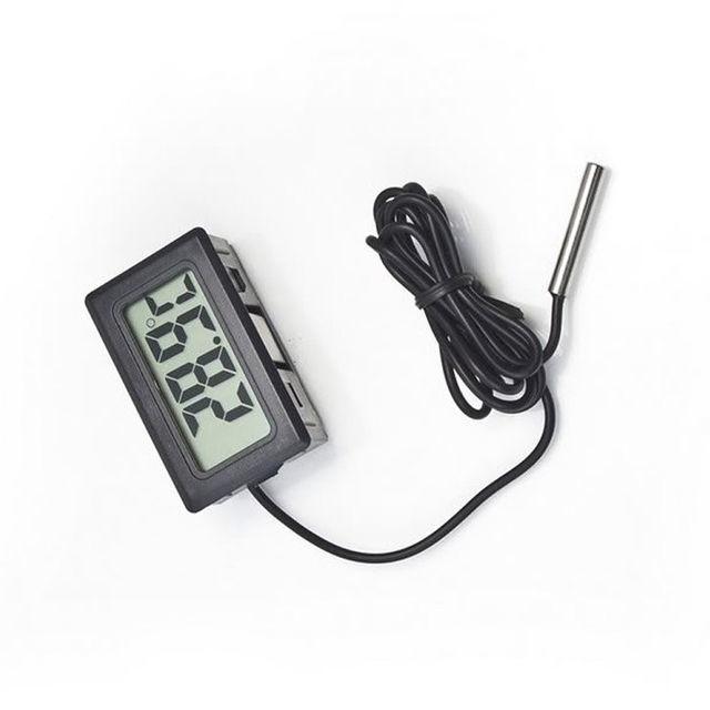 Фото - Цифровой термометр с выносным датчиком