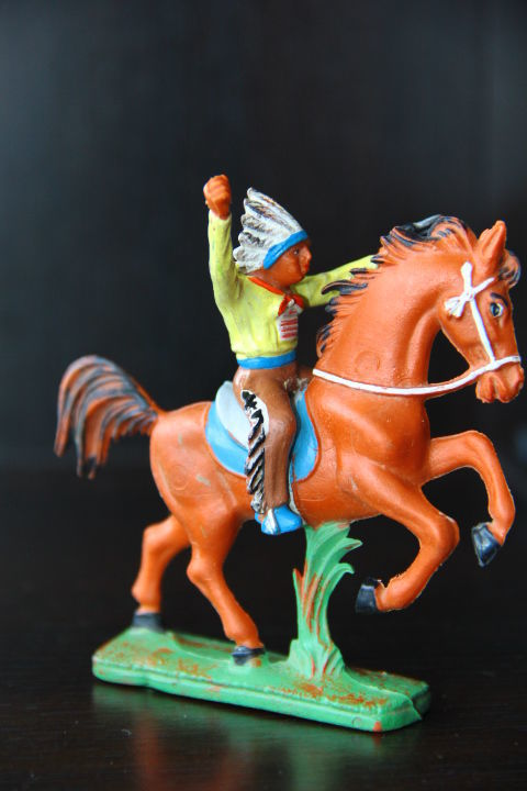 Фото 9 - индейцы ковбои ГДР (№310 +№036)