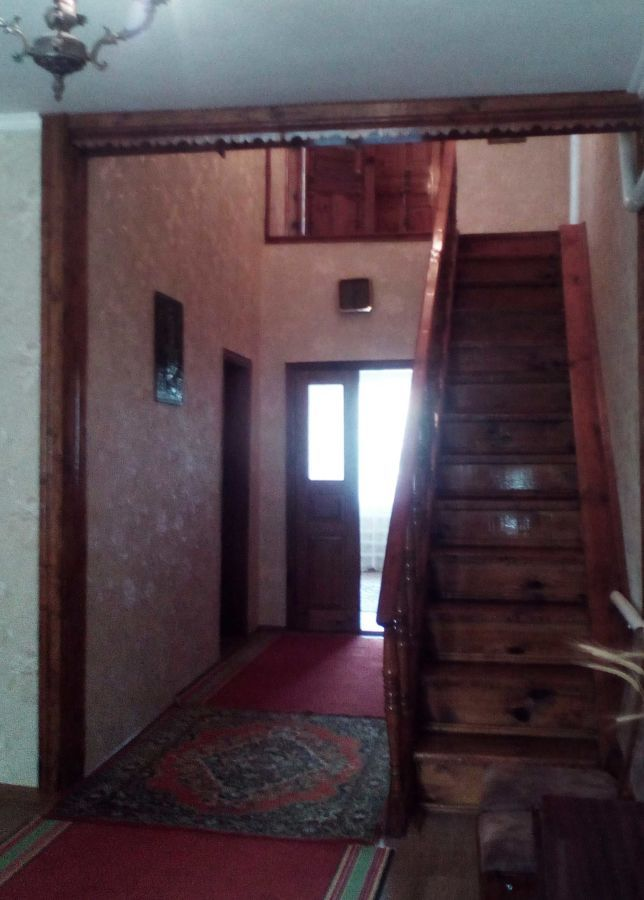 Продается ½ дома, по  ул. Чичерина, в центре Дахновки.