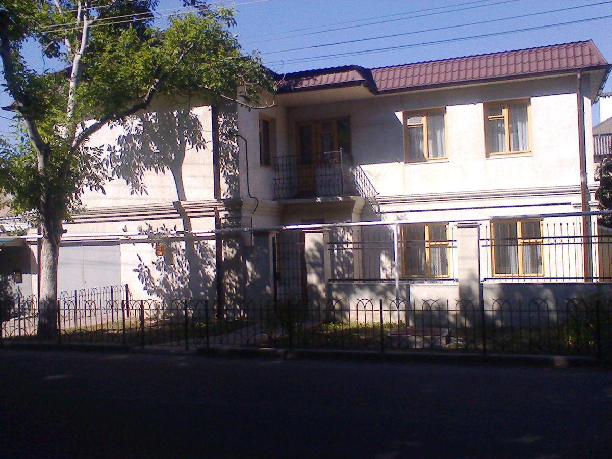 Фото - Сдам свой новый 2-эт дом, 12 Фонтана, 10 сп. мест, 4 раздельн. комнаты