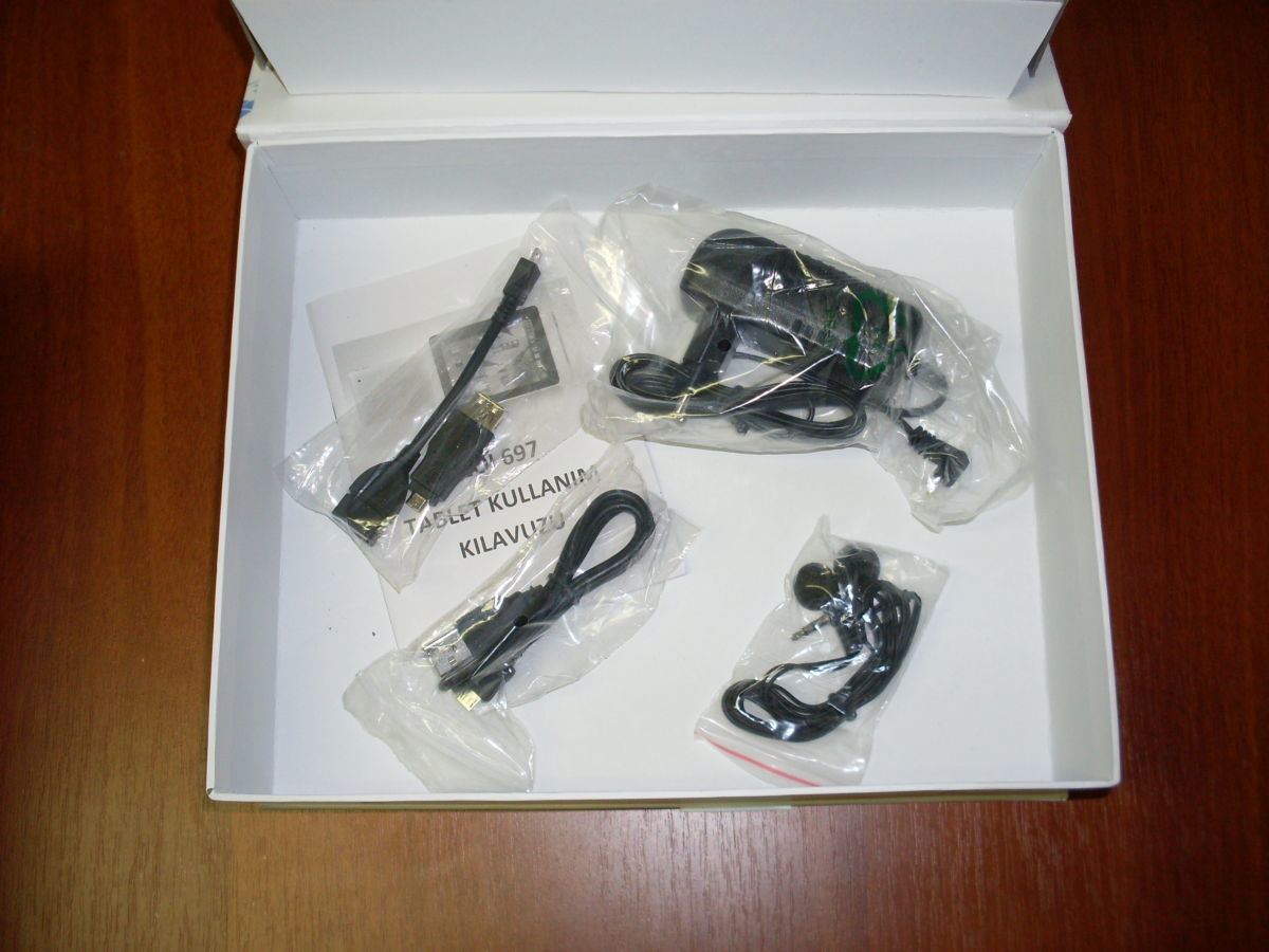 Фото 7 - Супер-цена! Планшет Neoi 697 9,7' IPS,1Gb+16Gb,8000mAh
