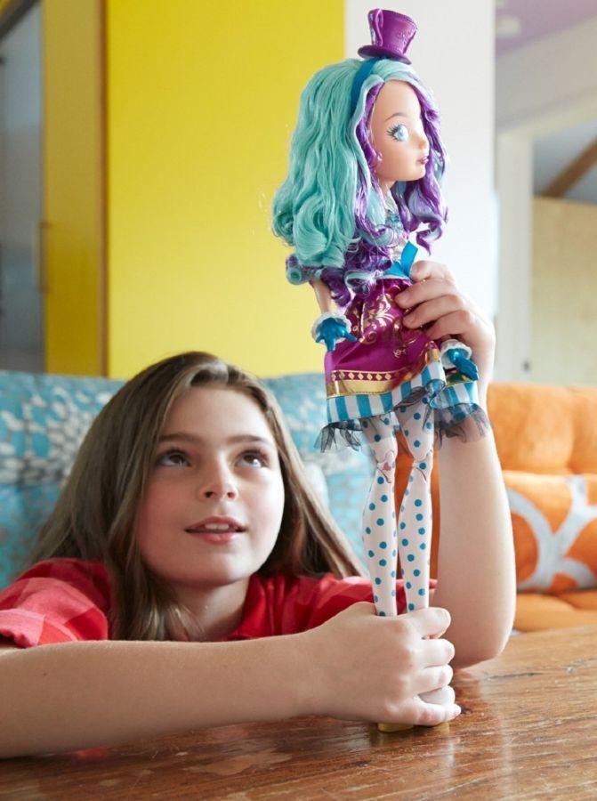 Фото 4 - Кукла Ever After High Mattel р базовая Madeline Hatter Мэделин
