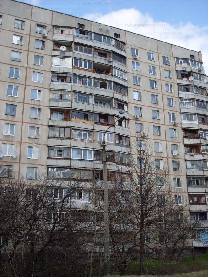 Фото - Продажа по дешевой цене 4к.квартиры на Салтовке ТРК Украина