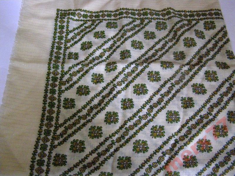 Красивый платок, штапель, 80х83