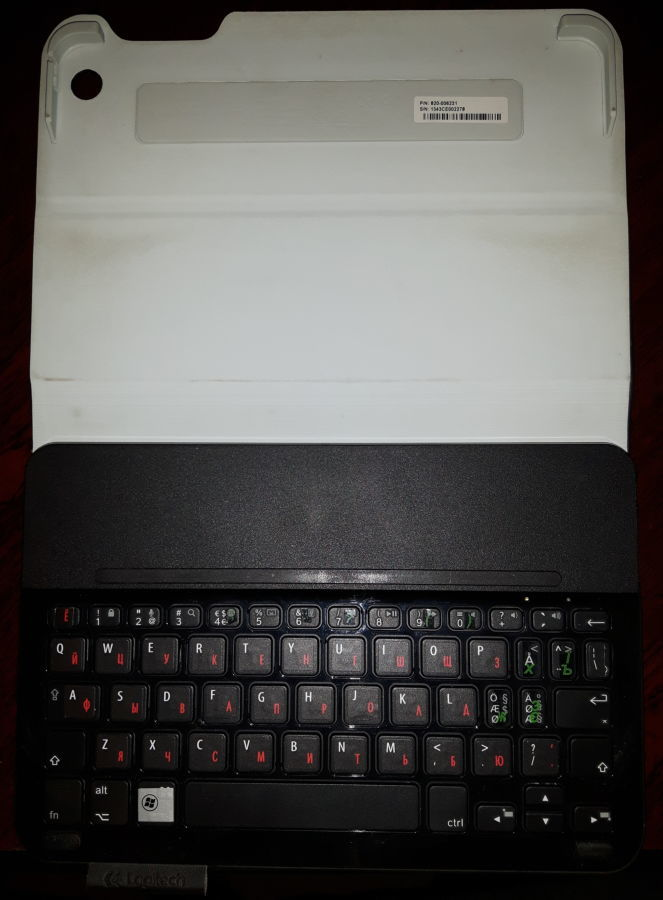 Фото - Logitech Folio m1 BT-клавиатура