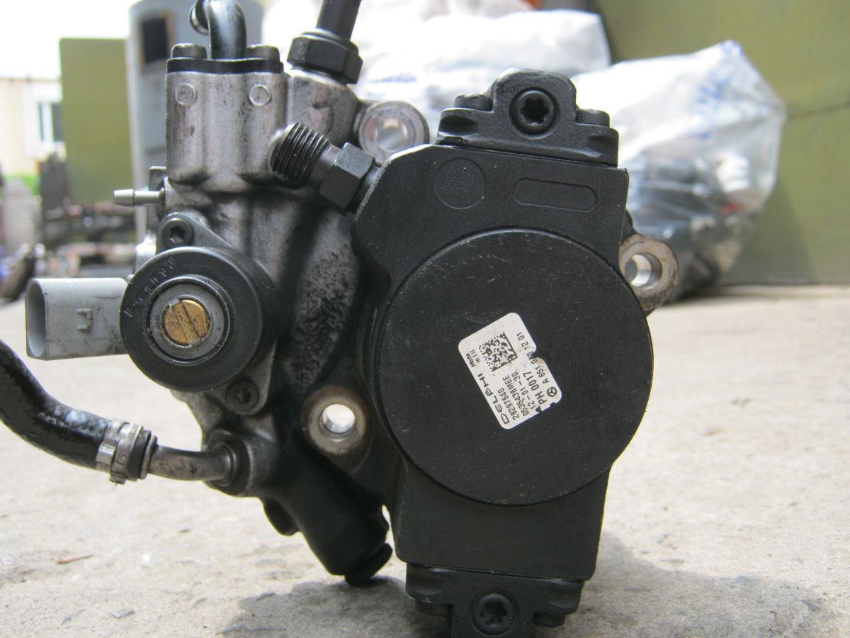 Фото 3 - Топливный насос ТНВД Мерседес Спринтер 906 Sprinter 906 запчасти б/у
