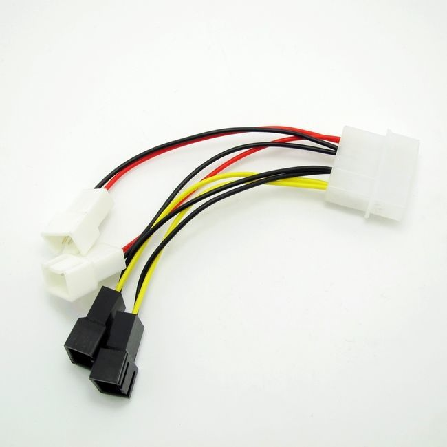 Фото - Кабель 3-pin Y Fan Cable Splitter QUAD 2 0381