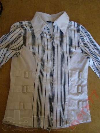 Интересная блузка на замочке