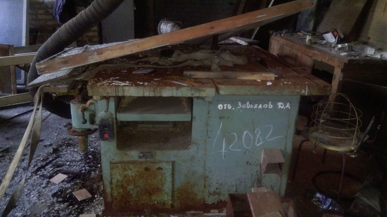 Фото - Деревообрабатывающий станок К40М