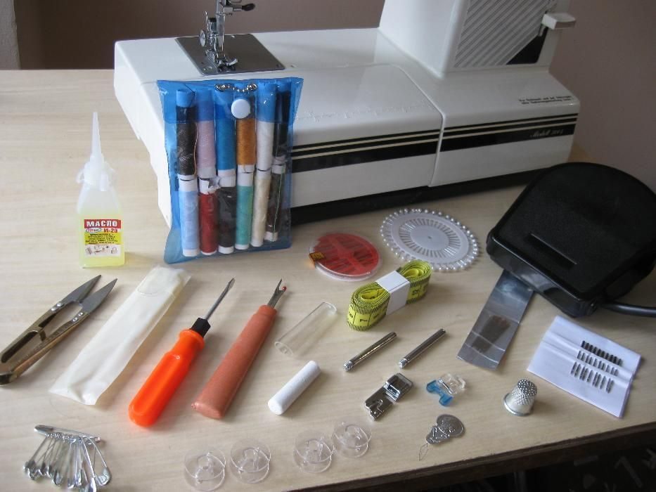 Фото 2 - Швейная машина Privileg 5004 Германия
