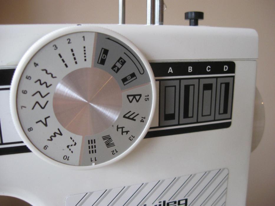 Фото 5 - Швейная машина Privileg 5004 Германия