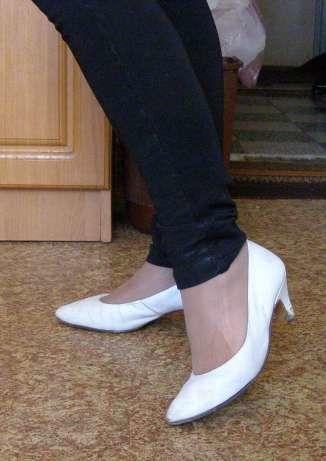 Фото - Кожаные белые туфли, 38 р