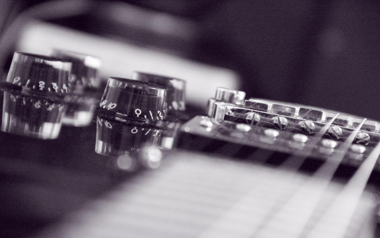 Фото 2 - Обучение игре на электрогитаре, Запорожье (097) 222-15-94