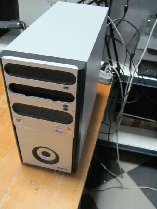 Фото - Системный блок 2х3,0Gz/1Gb/40Gb/256Mb
