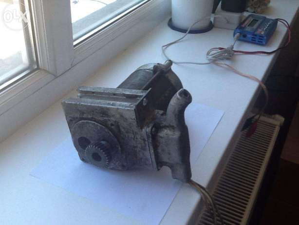 Фото 2 - Електродвигун / Электродвигатель асинхрон ИЭ5102В 820Вт. 220В 3-фаз