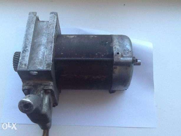 Фото 3 - Електродвигун / Электродвигатель асинхрон ИЭ5102В 820Вт. 220В 3-фаз