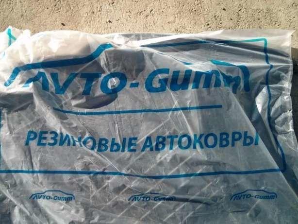 Фото 3 - Резиновые ковры в салон, багажник, полиуретановые автоковрики ВСЕ АВТО