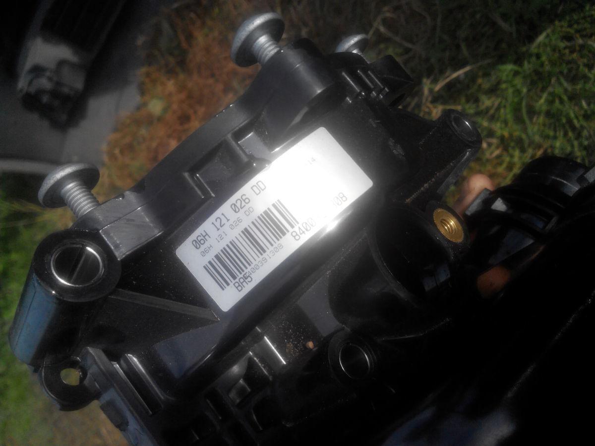 Фото - Насос системы охлаждения 06H121026DD AUDI