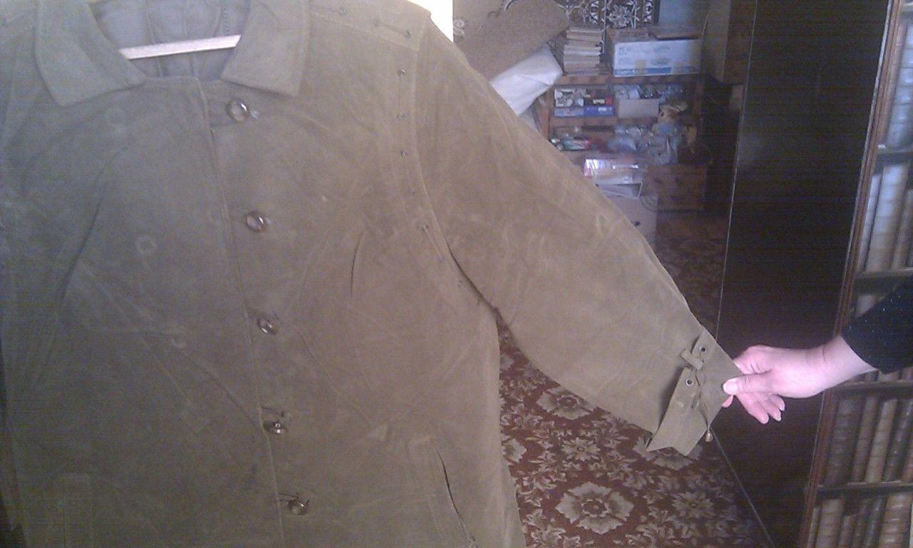 Фото 2 - Плащ-пальто женское замшевое