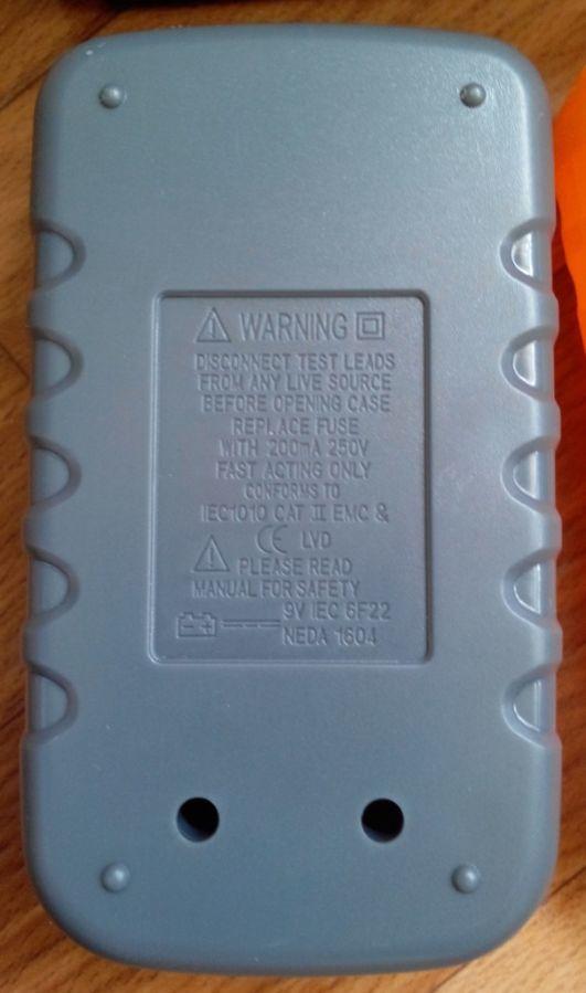 Фото 5 - Мультиметр UK-830LN - малогабаритный мультиметр с подсветкой дисплея