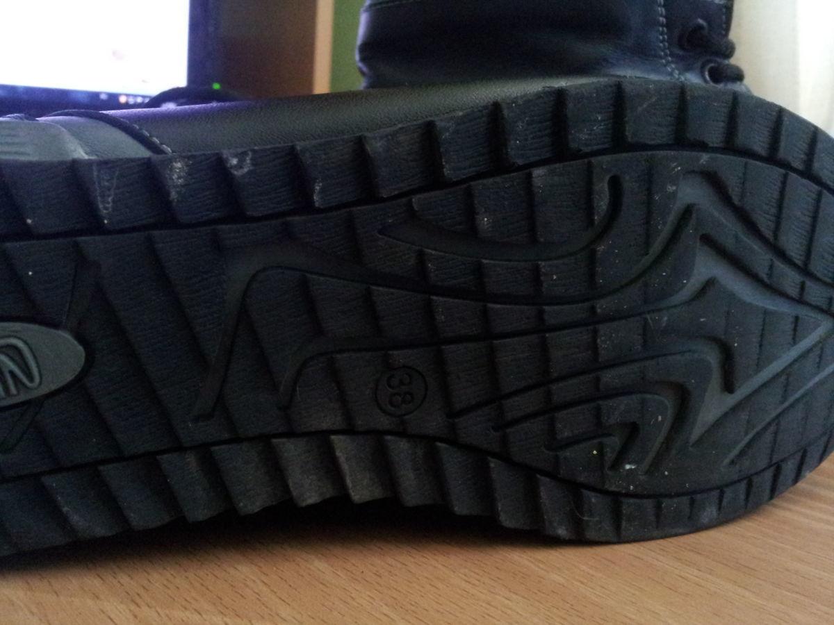 Фото 9 - Кожаные теплые ботиночки. р. 38, ст. 25см