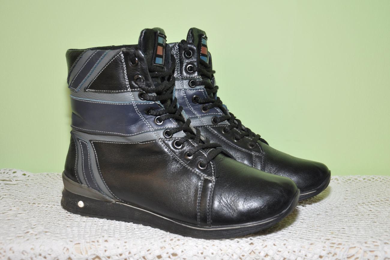 Фото 2 - Кожаные теплые ботиночки. р. 38, ст. 25см