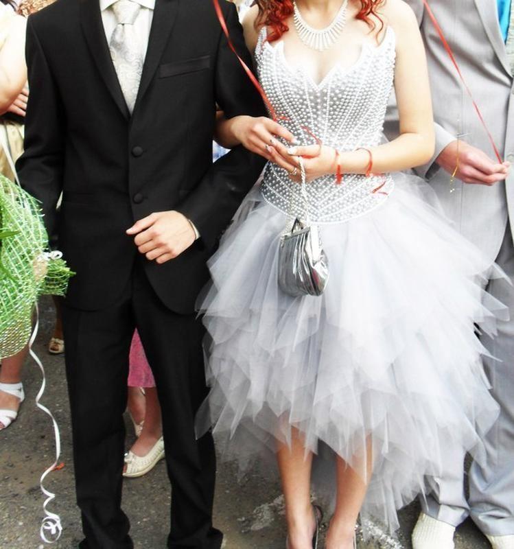 Фото - Шикарное выпускное платье