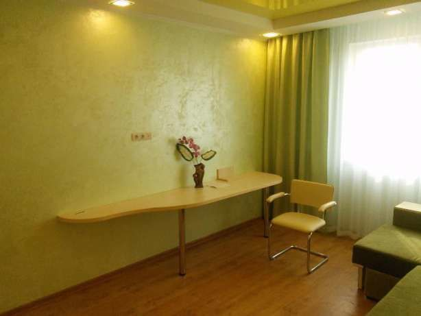 Фото 2 - Срочно! Продам 1 комнатную квартиру на Тополе