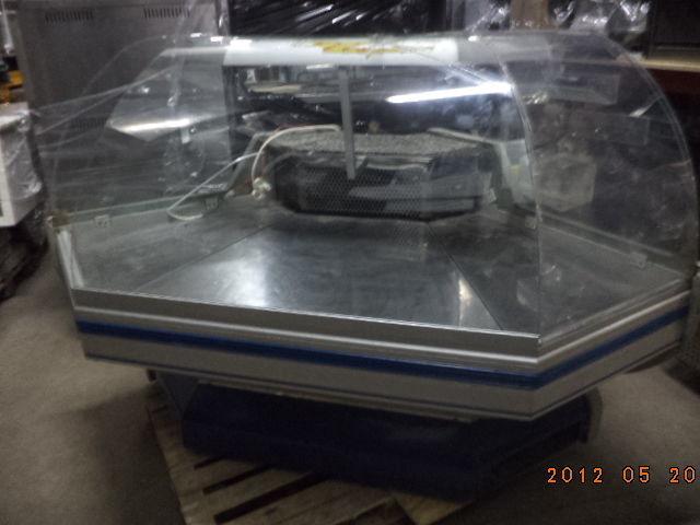 Фото 6 - Кондитерская витрина с круглым стеклом De Blazi б у в рабоч состоянии