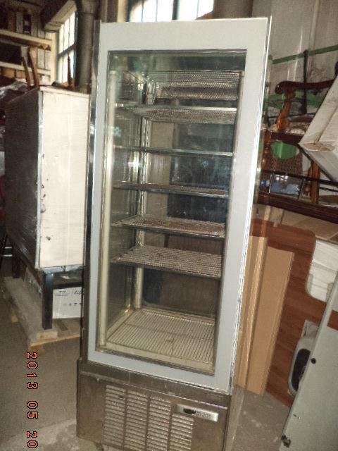 Фото 2 - Витрина для мороженного вертикальн 4 стекла ORION б у в рабоч состоян