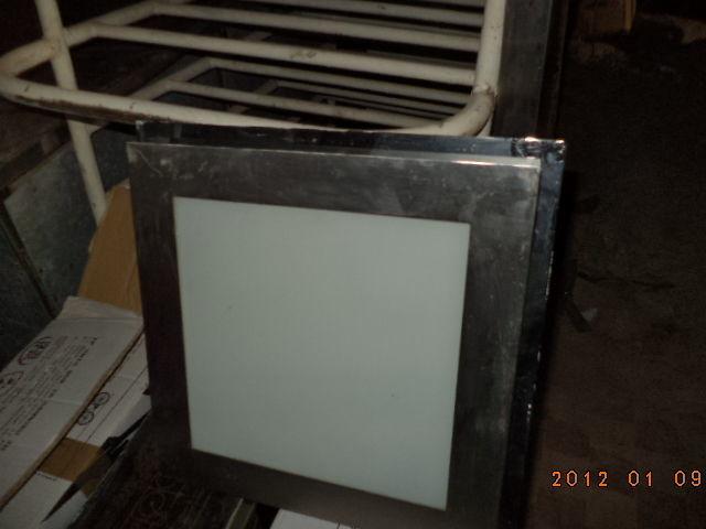 Фото 2 - Светильники квадратные  б у в рабочем состоянии