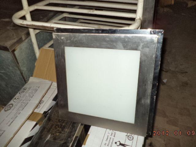 Фото 4 - Светильники квадратные  б у в рабочем состоянии