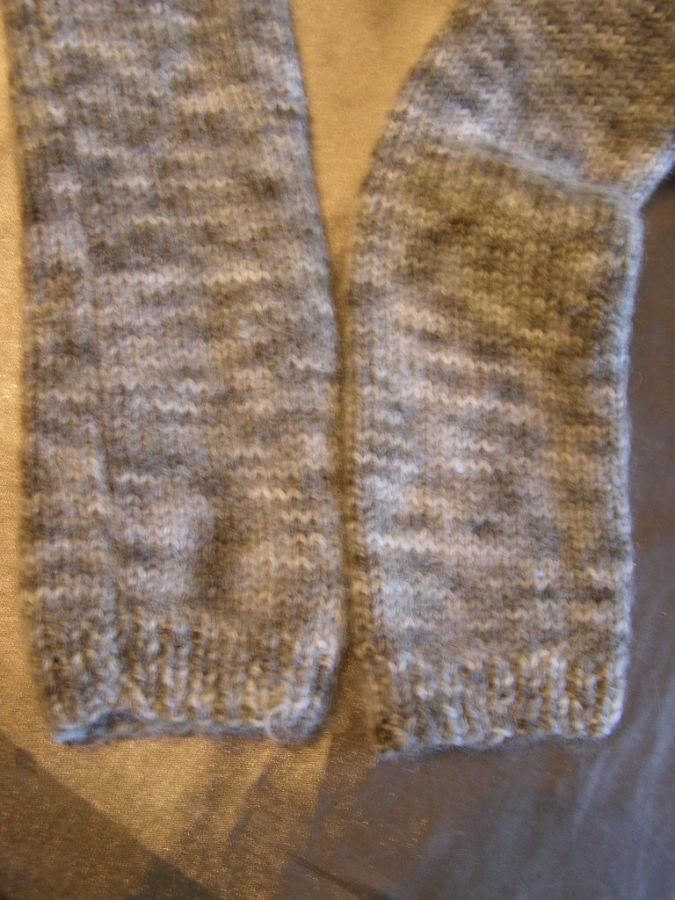 Фото 6 - Теплый шерстяной свитер на девочку