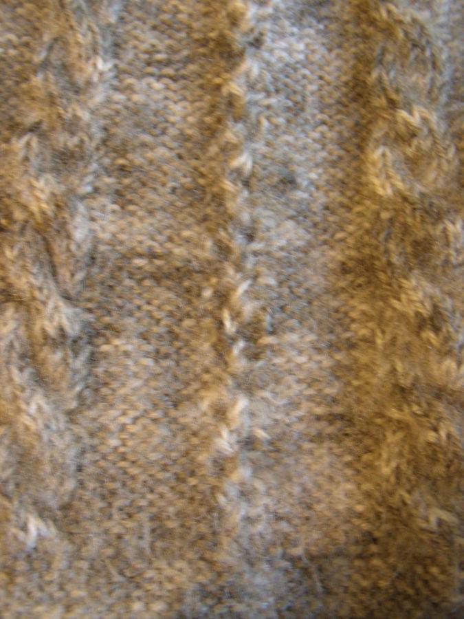 Фото 4 - Теплый шерстяной свитер на девочку